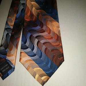 "Van Heusen 100% Silk Mens Tie 58"" Long NWT"